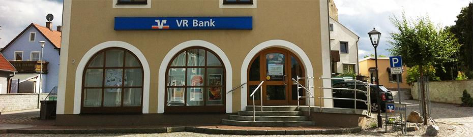 VR Bank Burglengenfeld eG, Geschäftsstelle Leonberg, St.-Leonhards-Platz 2, 93142 Maxhütte-Haidhof